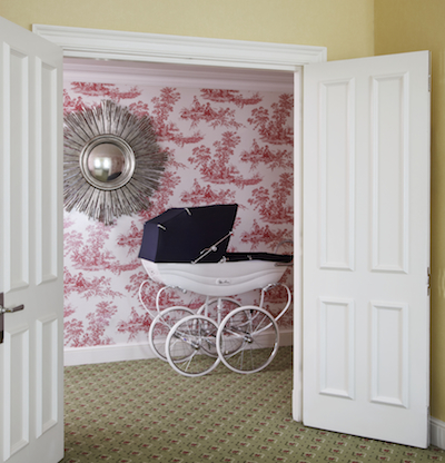 Did you think that the baby staying at the Suite Dreams Nursery at Grosvenor House would be content in an umbrella stroller?!  A Balmoral Silver Cross Pram comes with the room.
