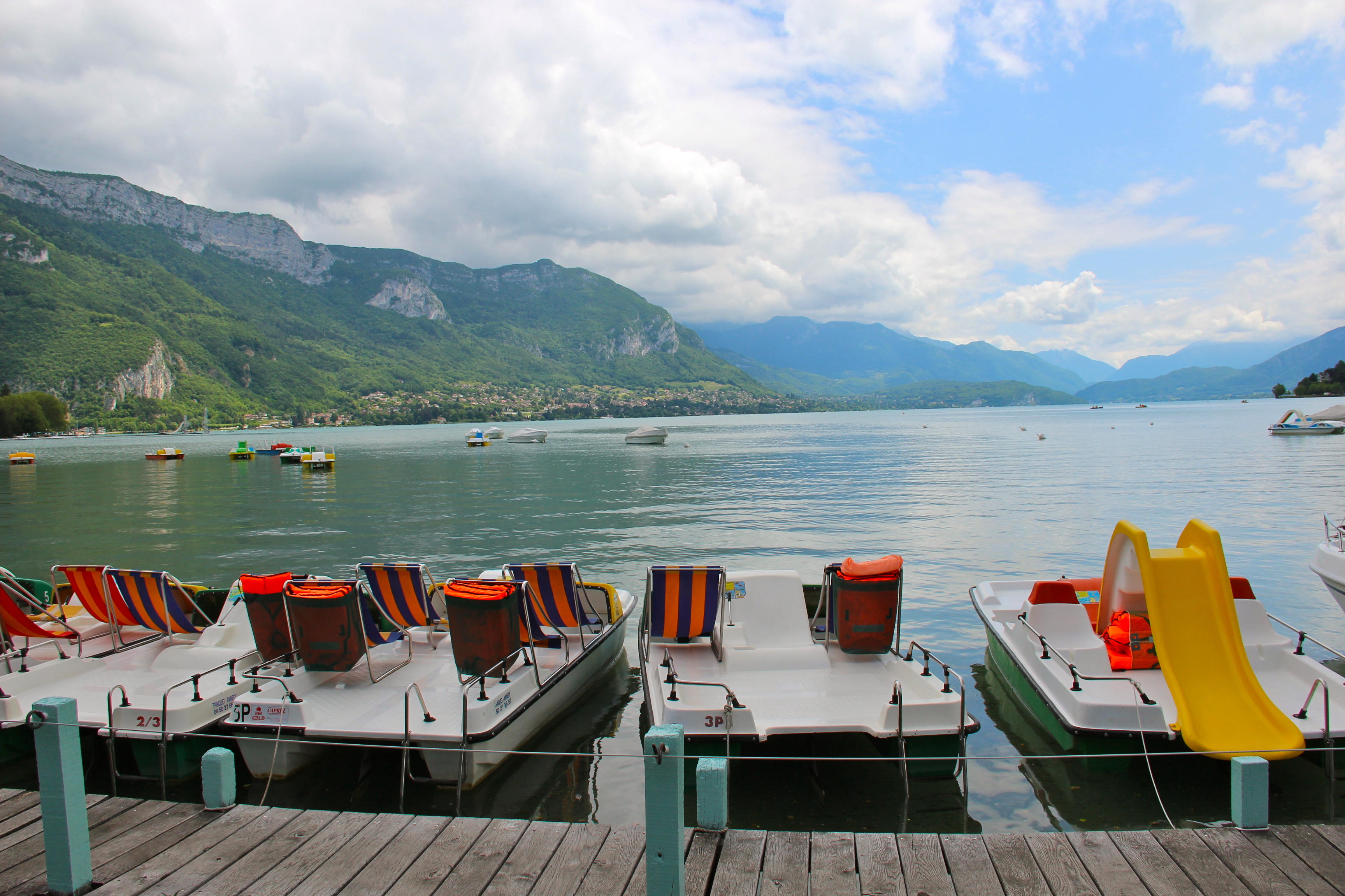 Can't get enough of those Lake Annecy views!