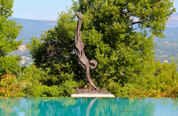 A swimmer sculpture at the very inviting infinity pool at Terre Blanche in Provence.
