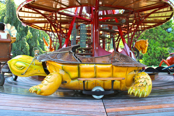 One of the fastest turtles I've ever seen... The turtle on the Carrousel des Fables, the Carousel of Fables in Geneva.