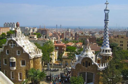 Park Guell is a great place to get your Gaudi fix for FREE in Barcelona!