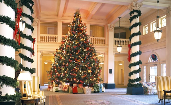 in hot springs va the omni homesteads christmas tree is a 21 foot tall frasier fir from north carolina decked in 2000 ornaments and 1250 led lights - 12 Foot Christmas Tree