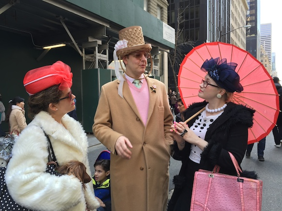 We were loving everything about this incredibly dapper trio. Or should I say quartet? Check out that the little dog having a conversation with that boy. This group was made for the Easter Parade.